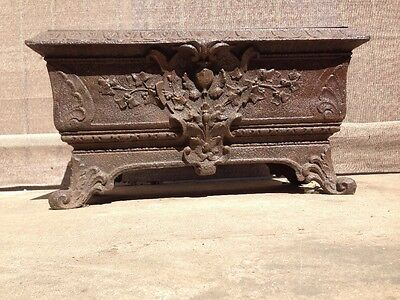Great Victorian Antique Cast Iron Outdoor Garden Planter c1880. D