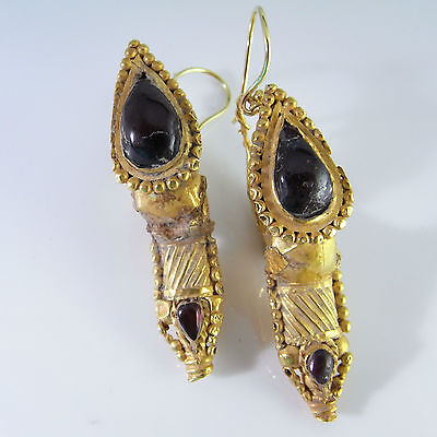 Electrum Ancient Gold Earrings Garnet Cabochons 4th Century Late Roman Museum