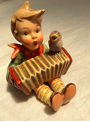 "Hummel Figurine ""Let's Sing"" 110/0 Stamped Full Bee 1940-1956"