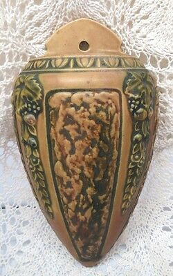 Roseville Beautiful Early 20Th Century Florentine Wall Pocket In Brown Bark