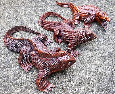 Carved Wooden Lizards and Crocodile Figure ( 21 cm /  18 cm )  Brown Colour