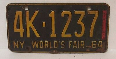 LICENSE PLATE WORLD'S FAIR NEW YORK STATE 1964 NY DMV COLLECTOR RARE Vintage NYC