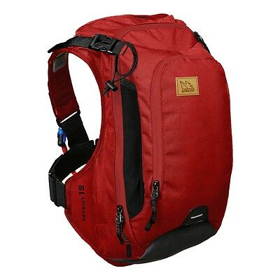 USWE Patriot 15BP Protector Hydration Backpack 15L - Chilli Red