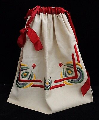 Beautiful Ca. 1900 Arts & Crafts Period Hand-Embroidered Ditty Bag w/ Satin Trim