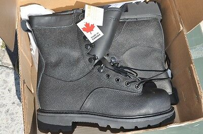 Canadian Army STEEL TOE Temperate Safety Boots Combat Boots NEW 8.5 W (255/104)