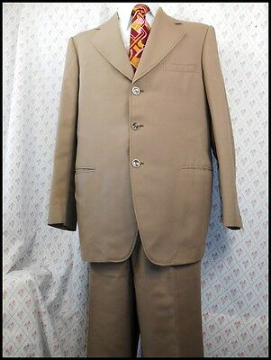 Vintage 70s 2-Piece Olive Green Poly Viscose Suit 42 Chest 38W Costume Dress Up
