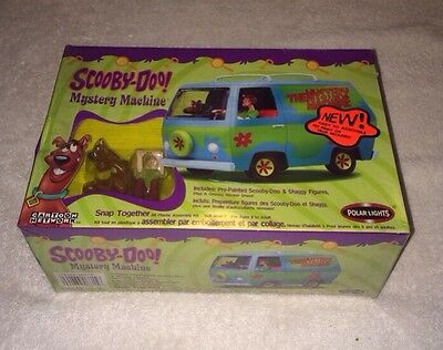 "2003 Polar Lights: ""Scooby-Doo Mystery Machine"" Snap Together Model New Sealed"