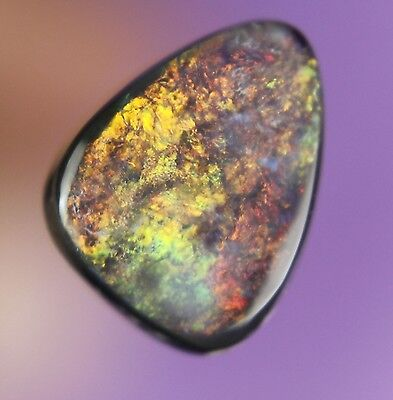 2.ct ~ GORGEOUS RED GREEN FLASHY GENUINE LIGHTNING RIDGE SOLID BLACK OPAL ~a371