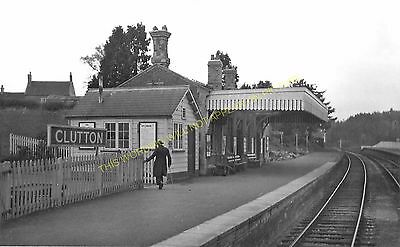 Clutton Railway Station Photo. Pensford - Hallatrow. Bristol to Radstock. (14)