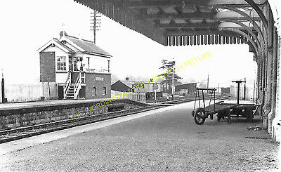 Clutton Railway Station Photo. Pensford - Hallatrow. Bristol to Radstock. (12)