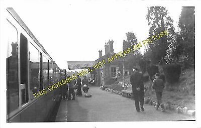 Clutton Railway Station Photo. Pensford - Hallatrow. Bristol to Radstock. (7)