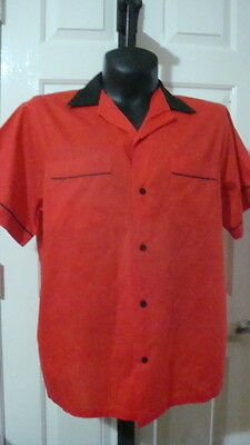 Hilton Men's Red and Black Bowling Shirt with Back Pleats size Large