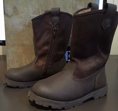 New Boxed GIRLS Brown Suede & Leather Look Lined Boots Size 30(6 - 7 y.o)