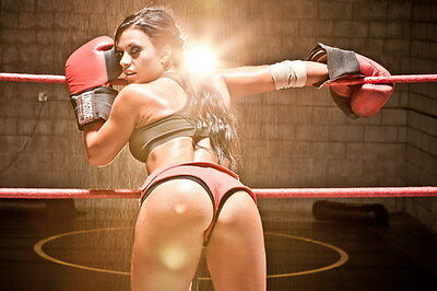 "037 Girl Boxer - Fight Trainning Beauty Boxing Sports 21""x14"" Poster"