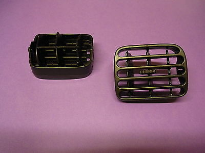 RENAULT CLIO AIR VENTILATION DASHBOARD GRILL RIGHT BLACK colour