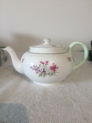 Shelley Stock 2 1/2 Pint Teapot