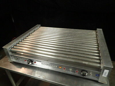 ***JUST REDUCED**Connolly Poll-A-Grill Hotdog Roller model c-750