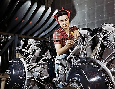 WW2 Color Photo Wright Cyclone Engine Assembly WWII / 8001