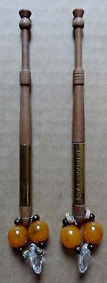 Pair Of Wooden Turned Lace Bobbins With Spangles (Z9)