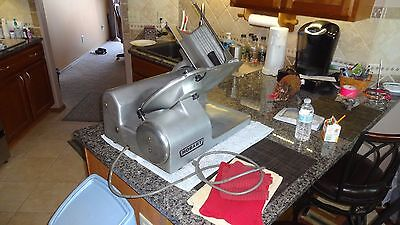 Hobart 1612 Commercial Deli Meat Cheese Slicer with sharpener