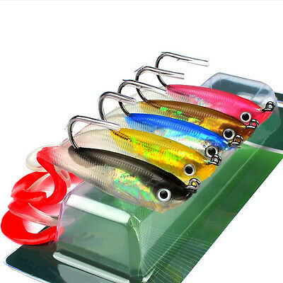 5/1Pcs Silicone Crankbait Fishing Lure Bass Bait Tackle with Hooks 10cm/14.7g