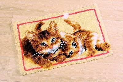 Vervaco - Latch Hook Rug Kit - Kittens -  PN-0145610