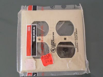 Sierra Bakelite Ribbed Outlet SwitchPlate - 4 Gang-  NEW in wrapper