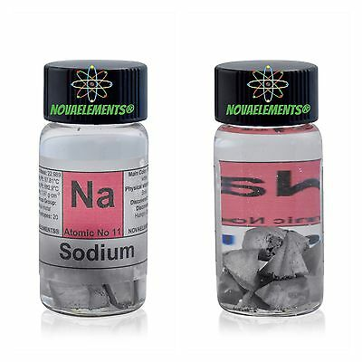 Sodium metal element 11 sample 99,8% in glass vial and label 1 gram shiny pieces