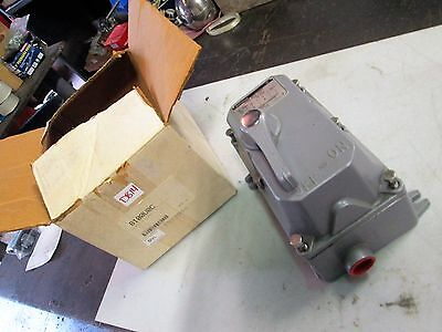 Westinghouse Manual Motor Starter Enclosure Only Style: 1260C89G01 (NIB)