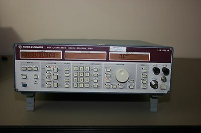 Rohde Schwarz SMH Signal Generator 100Khz-2000Mhz, fully tested with Warranty