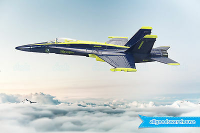 Boeing F/A-18 Hornet Blue Angel 1:72 die-cast toy model military jet aircraft
