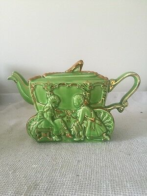Ellgreave Cinderella Coach Teapot In Green And Gilded