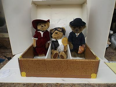 Pickford Brass Button Bears 1999 GABRIELLE-1999 BAXTER-1997 RADAR W/ BOX