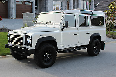 Land Rover: Defender Station Wagon Land Rover Defender 110 Immaculate!