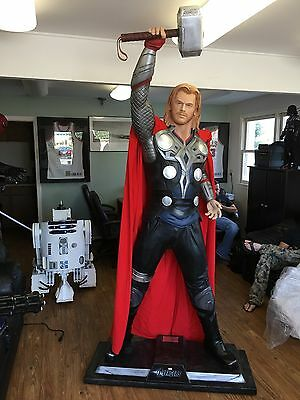 Life Size Marvel Avengers Thor Full Size Statue Prop Statue