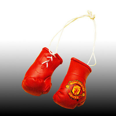 Manchester United Mini Boxing Glove 4 The Rear View Mirror Of Your Car Brand New
