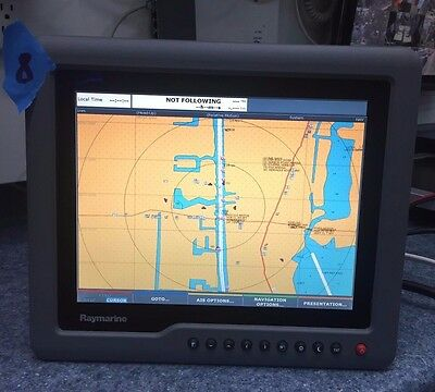 Raymarine G120 12 inch Marine Display E02034 12 or 24v #8