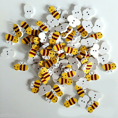 50/100Pcs Cute Cartoon Bees Pattern Wooden Buttons Clothes Sewing DIY Craft