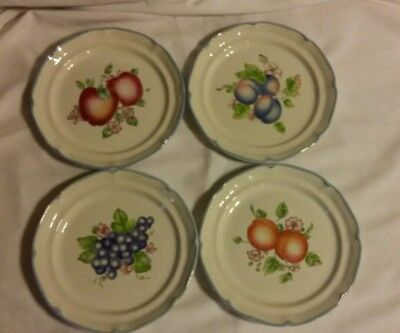International Tableworks Fruit Salad Dessert Bread Plates (4) 022 Apple Grapes