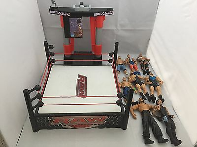 WWE Flexforce Wrestling Ring With Sounds Includes 8 Genuine Figures