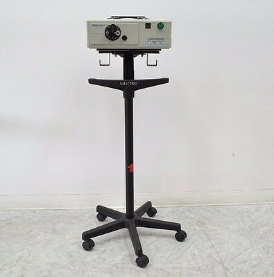 LUXTEC 9300XSP XENON LIGHT SOURCE w/ Stand (12128)