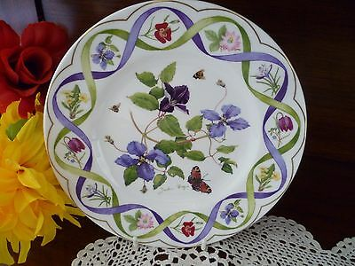 Wedgwood Bone China  England  Clematis  Flowers Plate