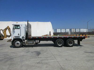 1989 FREIGHTLINER FLATBED TRUCK  Other Commercial Trucks