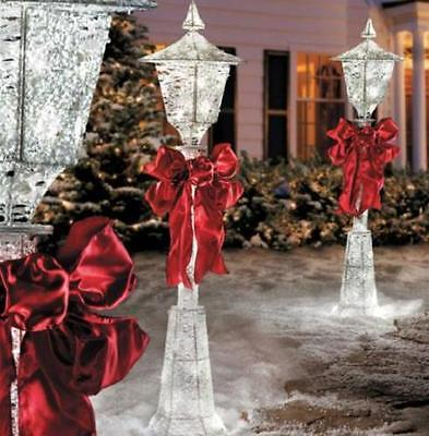 SET OF 2 Lighted CHRISTMAS VICTORIAN LAMP POSTS W/BOW Outdoor Holiday Yard Decor
