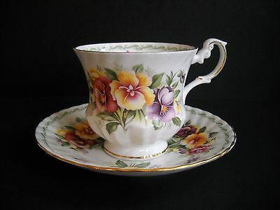 Vintage Queen's Tea Cup & Saucer Set - Rosina China Co Ltd - Pansies - Fine Bone