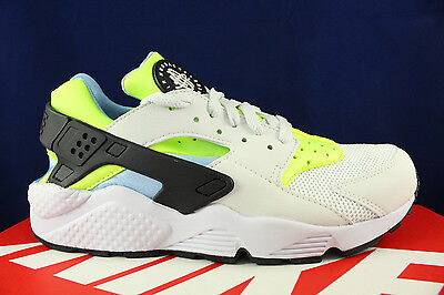 affbaec816a5 NIKE AIR HUARACHE Run Off White Barley Volt Black 318429 107 Sz 10.5 ...