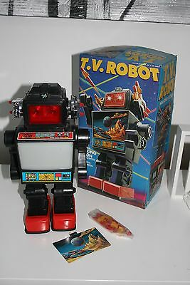 T.V. Robot battery operated 30cm High