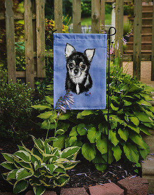 Carolines Treasures  MH1016GF Chihuahua in blue Flag Garden Size