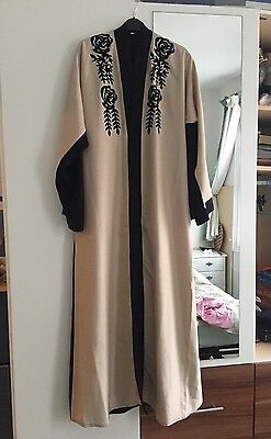 Black And Cream Womens Velvet Open Abaya SIZE 56 BRAND NEW WITH MATCHING HIJAB