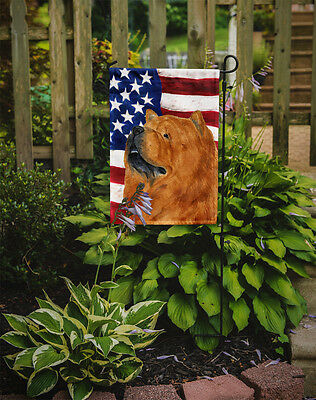 Carolines Treasures  SS4029GF USA American Flag with Chow Chow Flag Garden Size